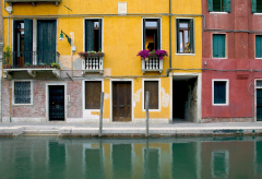 Venice Colored Walls