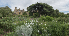 Cotswolds Hidecote Manor Pano